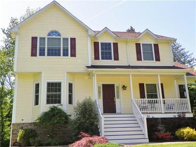 Poughkeepsie Single Family Home For Sale: 7 Kenzbrit Court