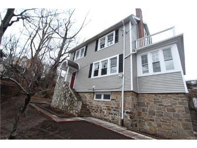 Yonkers Single Family Home For Sale: 323 Van Cortlandt Park Avenue