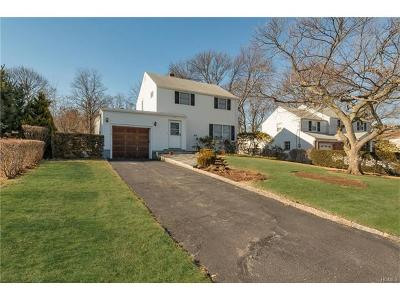 Yonkers Single Family Home For Sale: 118 Whitman Road