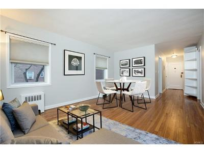 Tarrytown Condo/Townhouse For Sale: 330 South Broadway #C2