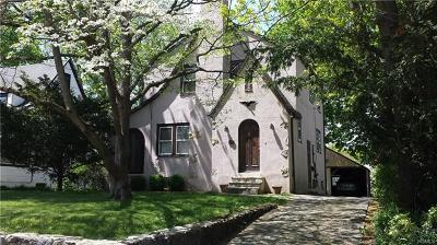 Larchmont Single Family Home For Sale: 137 Harmon Drive
