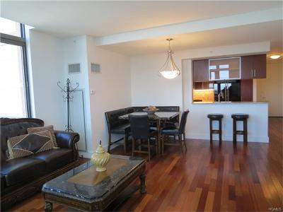 New Rochelle Condo/Townhouse For Sale: 175 Huguenot Street #2201