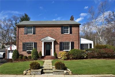 Larchmont Single Family Home For Sale: 2 Forest Park Avenue