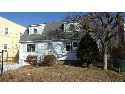 White Plains Single Family Home For Sale: 68 Florence Avenue