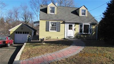 Yonkers Single Family Home For Sale: 6 Hearthstone Road