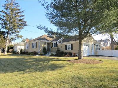 Port Chester Single Family Home For Sale: 6 Quintard Drive
