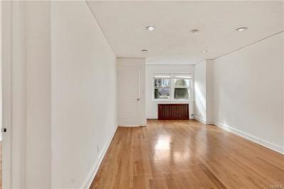 Bronx Rental For Rent: 1840 Tomlinson Avenue