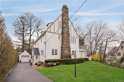 Larchmont Single Family Home For Sale: 23 Lyons Place