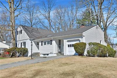 New Rochelle Single Family Home For Sale: 39 Pine Pk Drive