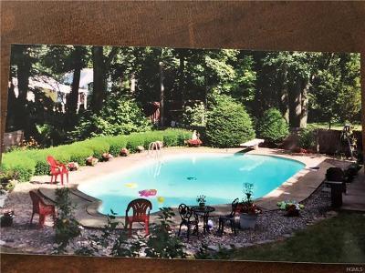 Single Family Home For Sale: 55 Freedman Avenue