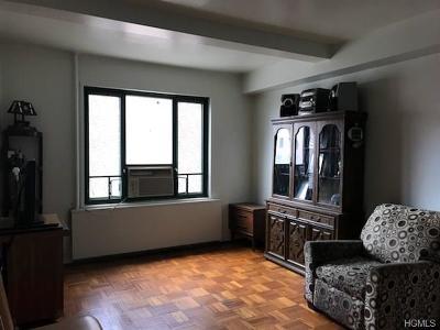 Bronx Condo/Townhouse For Sale: 1514 Metropolitan Avenue #4H