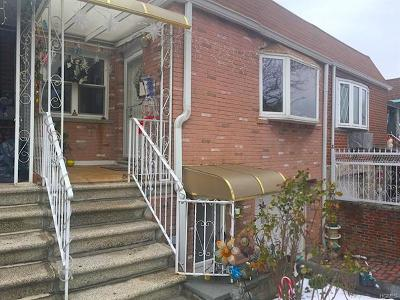 Multi Family 2-4 For Sale: 921 Huntington Avenue