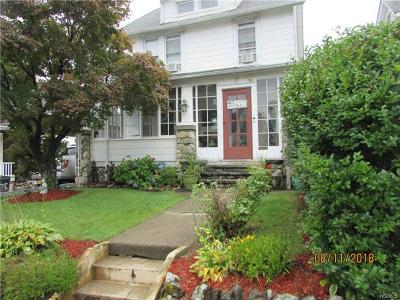 Newburgh Single Family Home For Sale: 27 Townsend Avenue