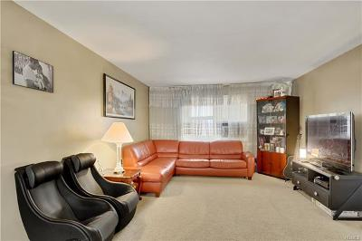Yonkers Co-Operative For Sale: 30 Dehaven Drive #2E