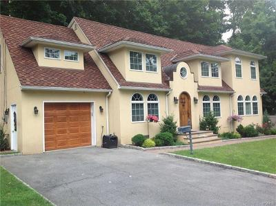 New Rochelle Single Family Home For Sale: 140 Aviemore Drive