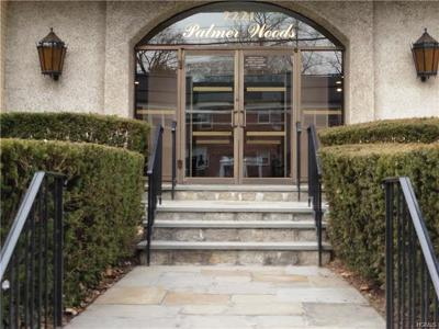 New Rochelle Co-Operative For Sale: 2221 Palmer Avenue #2L