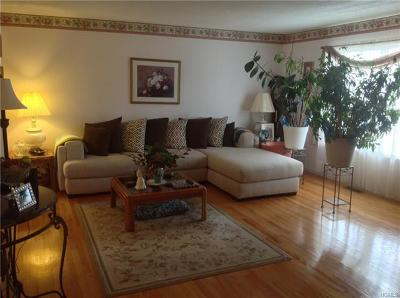 Warwick Single Family Home For Sale: 22 Helene Road