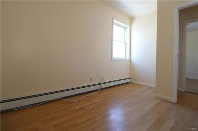 Bronx Rental For Rent: 827 East 222nd Street #2nd