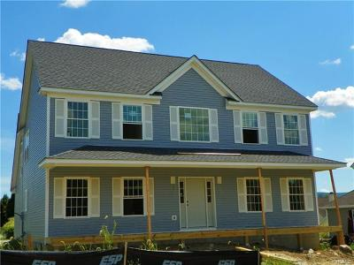 Dutchess County Single Family Home For Sale: 44 Bayberry Street