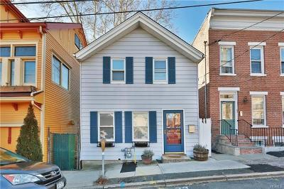 Single Family Home Sold: 41 Hudson Avenue