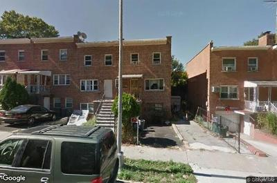 Bronx Multi Family 2-4 For Sale: 3035 Yates Avenue