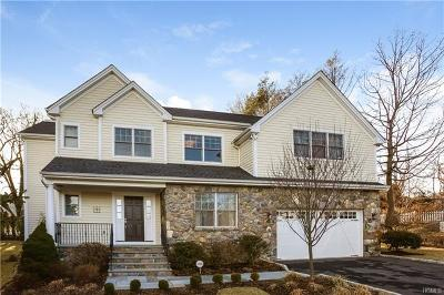 White Plains Single Family Home For Sale: 5 Sonny Trail