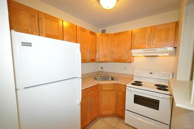 Yonkers Rental For Rent: 128 Colonial Parkway #3A