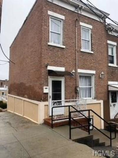 Yonkers Single Family Home For Sale: 41 Moquette Row