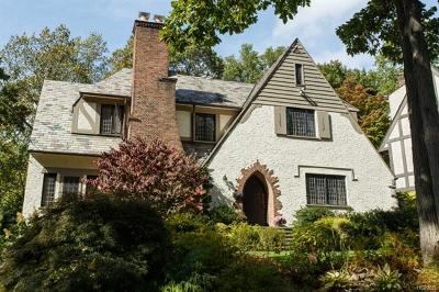 Larchmont Single Family Home For Sale: 9 Birchfield Road