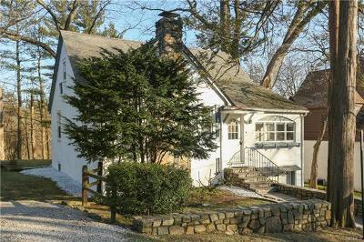 White Plains Single Family Home For Sale: 30 General Heath Avenue