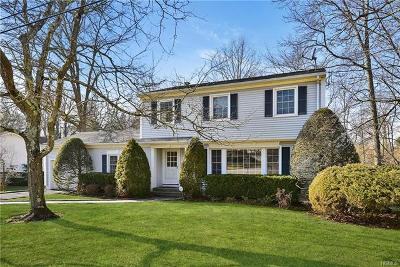 Scarsdale Single Family Home For Sale: 86 Tewkesbury Road