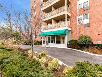 Yonkers Co-Operative For Sale: 1296 Midland Ave #C1
