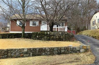 Westchester County Single Family Home For Sale: 19 Cayuga Drive