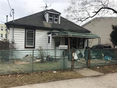 Bronx Residential Lots & Land For Sale: 3016 Bouck Avenue
