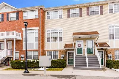 Bronx Condo/Townhouse For Sale: 133 Mermaid Lane