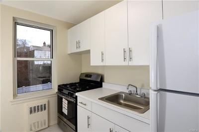 Yonkers Co-Operative For Sale: 125 Bronx River Road #3B