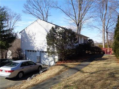 Brewster Single Family Home For Sale: 18 Curiosity Lane