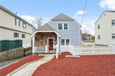 Yonkers Single Family Home For Sale: 211 Lockwood Avenue
