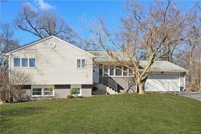 Hartsdale Single Family Home For Sale: 43 Birchwood Lane