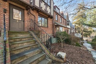 Bronxville Single Family Home For Sale: 7 Center Knolls