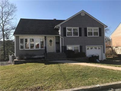 Yonkers Single Family Home For Sale: 237 Pembrook Drive