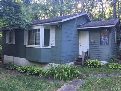 Monroe Single Family Home For Sale: 9 Higgins Trail