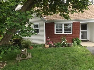 White Plains Single Family Home For Sale: 52 Oliver Avenue