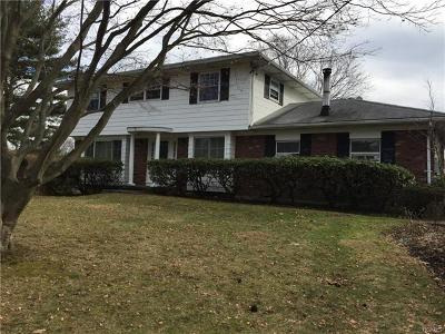 Valhalla Single Family Home For Sale: 2 Salem Place