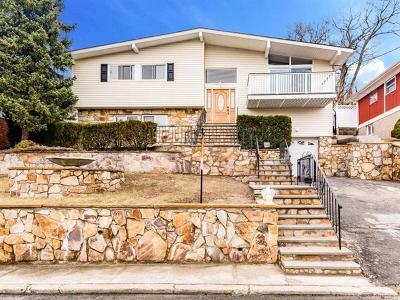 Yonkers Single Family Home For Sale: 46 Prior Place
