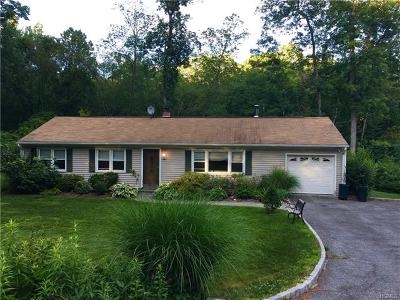 Brewster Single Family Home For Sale: 7 Woodland Drive