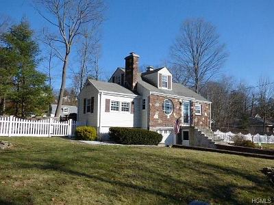 Yorktown Heights NY Single Family Home For Sale: $449,000