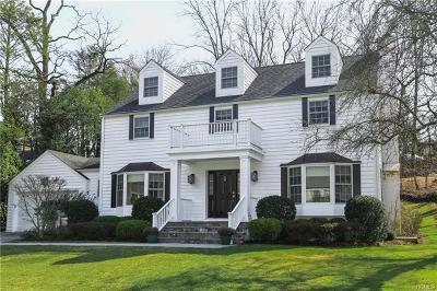 Larchmont Single Family Home For Sale: 9 Bonnie Way