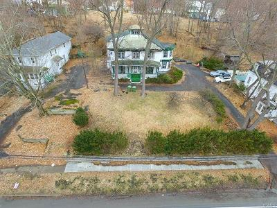 Goshen Single Family Home For Sale: 230 Greenwich Avenue
