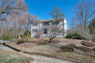 Single Family Home For Sale: 12 Hamden Heights Court